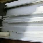 窓の桟の角部分の重曹での掃除後